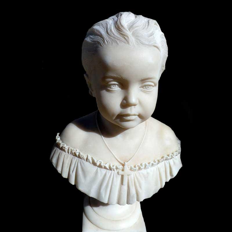 Mezzo busto in marmo statuario